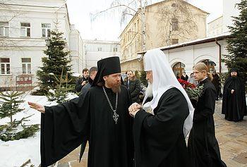 Загрузить увеличенное изображение. 800 x 542 px. Размер файла 117242 b.  His Holiness Patriarch Kirill with Archimandrite Tikhon (Shevkunov).