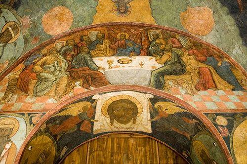 Загрузить увеличенное изображение. 700 x 465 px. Размер файла 480924 b.  «Тайная вечеря» и «Нерукотворный образ». Роспись западной части и арки царских врат