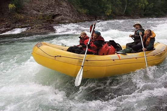 Загрузить увеличенное изображение. 640 x 427 px. Размер файла 86811 b.  Сплав по реке Быстрая. Камчатка, 2006