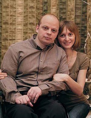 Загрузить увеличенное изображение. 360 x 465 px. Размер файла 54206 b.  С женой Ириной. Фото Владимира Ештокина