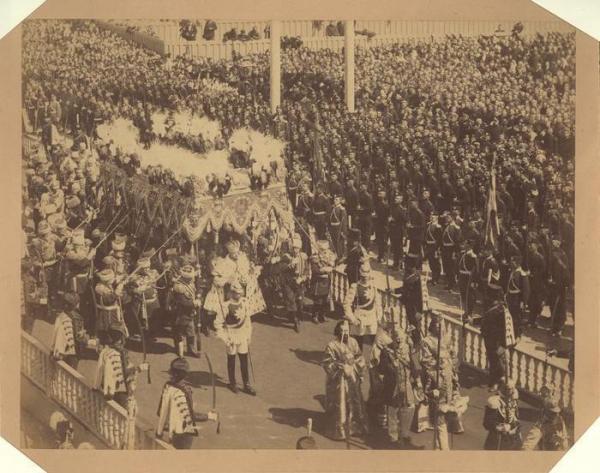 Коронационное шествие