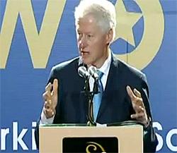 Билл Клинтон на конференции в Будве