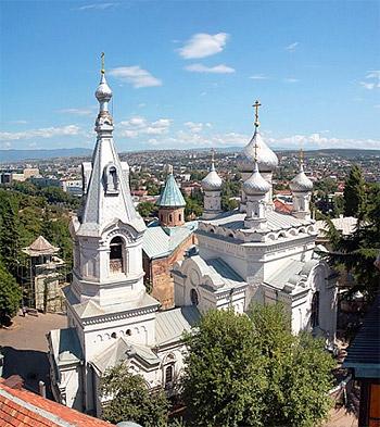 Русский храм святого Иоанна Богослова в Тбилиси по ул. Киачели. Он построен в 1898-1901 годах.