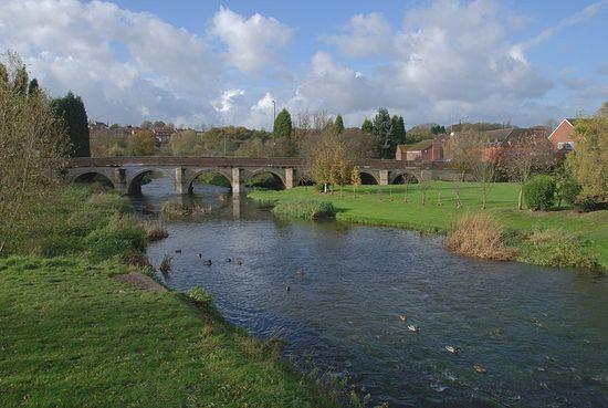 Загрузить увеличенное изображение. 800 x 536 px. Размер файла 224673 b.  Река Анкер в Поулсворте, Уорикшир, Англия
