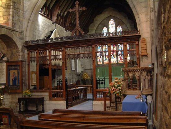 Загрузить увеличенное изображение. 700 x 525 px. Размер файла 87677 b.  Интерьер церкви Поулсвортского аббатства, графство Уорикшир