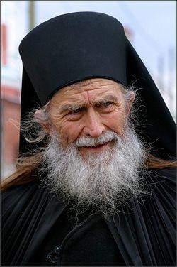 Загрузить увеличенное изображение. 346 x 520 px. Размер файла 147886 b.  Старый монах. Фото: Павел Козионов