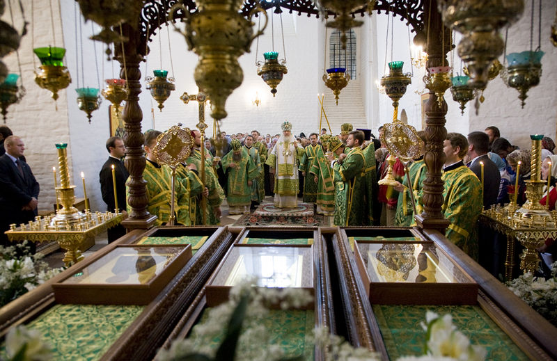 Patriarchal Service at the relics of Saints Zosima, Sabbatius, and Herman of Solovki.