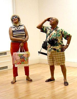Американские туристы. Скульптура