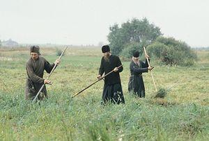 Косьба. Псково-Печерский монастырь, 1988 г.