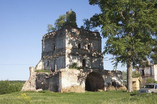 Надвратная церковь Вознесения Господня. 1690 год