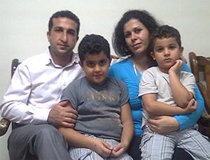 Пастор со своей семьёй