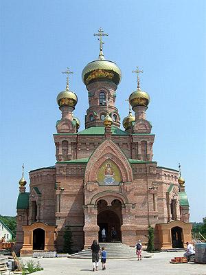 Храм в нижней части которого почивют мощи блаженной Алипии
