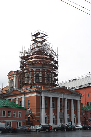 Храм апостола Иоанна Богослова, что под Вязом