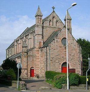 Католическая церковь Маргариты Шотландской в Данфермлине, графство Файф