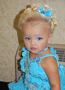 Детские салоны красоты многим не кажутся чем-то странным.