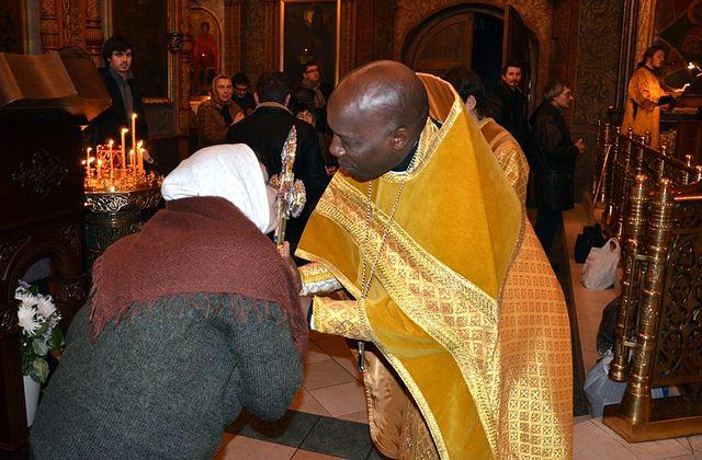 Blessing the faithful, Sretensky Monastery. Photo: Fr. Ignaty (Shestakov)