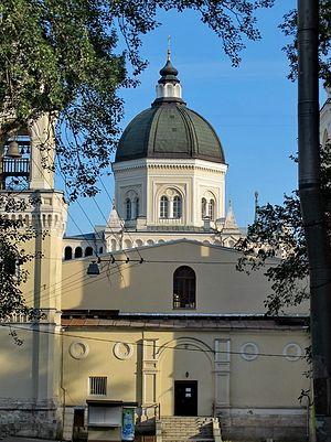 Загрузить увеличенное изображение. 590 x 788 px. Размер файла 255842 b.  Иоанно-Предтеченский женский монастырь. Фото: temples.ru