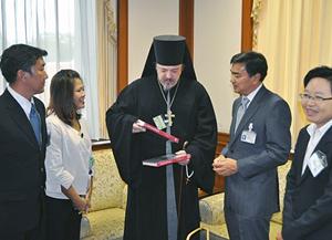 Рабочая церковная группа на встрече в Парламенте Таиланда