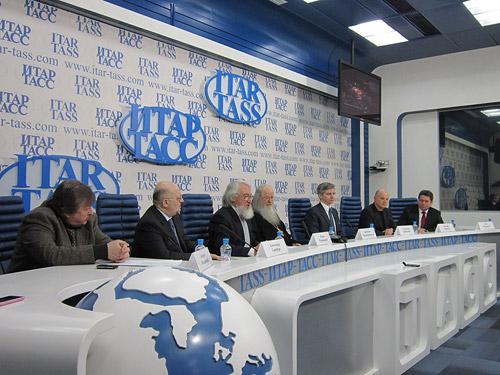 Пресс-конференция с участием о. Владимира Волгина на тему возрождения храма