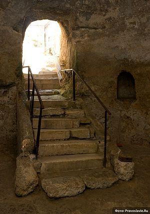 Загрузить увеличенное изображение. 500 x 715 px. Размер файла 161893 b.  Пещера Пророков в Иерусалиме. Фото: А.Поспелов / Православие.Ru