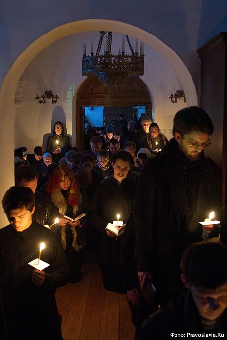 Служение Святейшего Патриарха Кирилла в Сретенском монастыре Великим постом 2012 года.  Фото: М. Родионов / Православие.Ru
