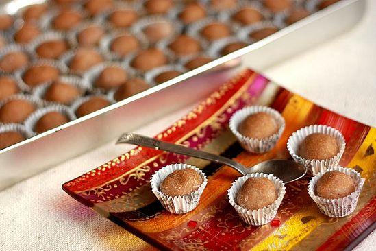 Кунжутно-финиковые конфеты