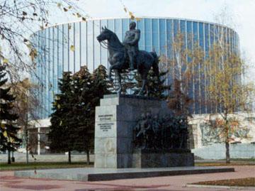 Здание на Кутузовском проспекте возводилось для единственного экспоната - панорамы Отечественной войны 1812 года