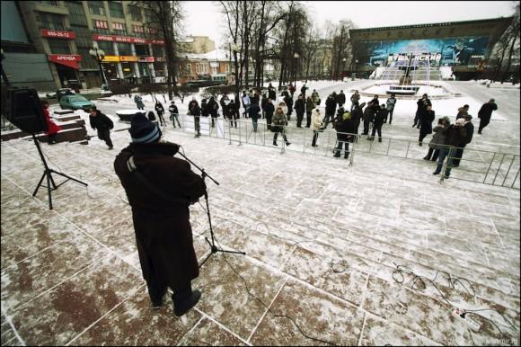 На антицерковном митинге. Фото: М.Моисеев / ПравМир.Ру