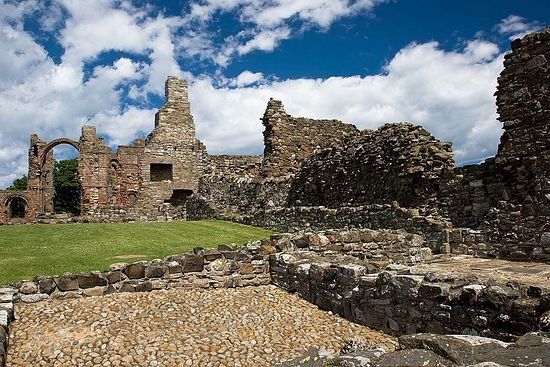 Развалины Линдисфарнской обители