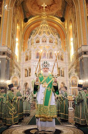 Патриаршее служение в Храме Христа Спасителя в праздник Входа Господня в Иерусалим.