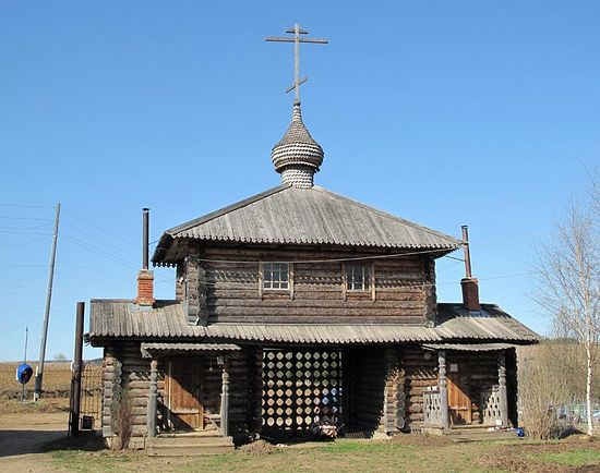 Всехсвятская церковь, единственно уцелевшая в безбожные годы