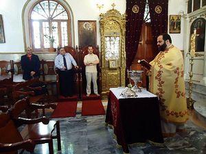 В храме святого Георгия в Триполи. Фото Amen.gr
