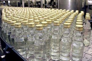 Повышение цен позволит снизить доступность водки, и особенно самой дешевой