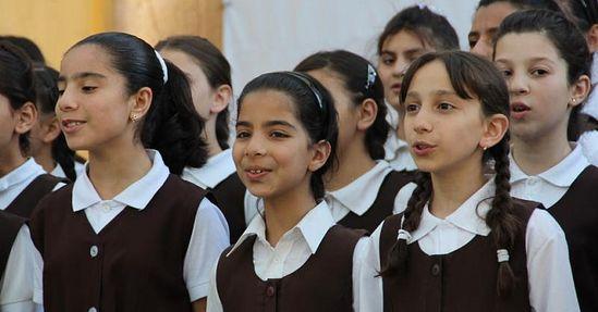 Выступление воспитанниц школы