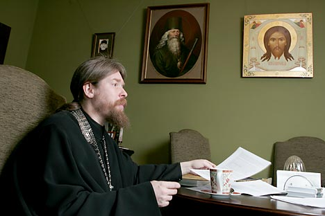 Archimandrite Tikhon Shevkunov, abbot of the small, yet very active Sretensky Monastery. Source: ITAR-TASS.