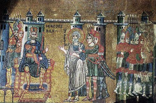 Апостол&gt;&lt;/td&gt; >Апостол Петр перед Иродом</td>         </tr>      </table> <p><span>Когда царь Ирод Агриппа убил святого Иакова, брата Иоанна (см.: Деян. 12: 1&ndash;3), он приказал также взять и Петра. Его посадили в темницу и заковали в цепи. Петр должен был предстать перед судом, но накануне ночью, когда он спал, явился ангел Господень и наполнил темницу сиянием. Он прикоснулся к Петру &ndash; и цепи упали с его рук (память об этом 16 января). Следуя велению ангела, Петр оделся, вышел из дверей, которые открылись сами собой, и пришел в дом матери Марка, где собрались верующие и молились.</span></p> <div>Затем он направился в Кесарию и продолжал проповедь в Иудее и в самых отдаленных странах. В Первом послании апостол Петр обращается к христианам Понта, Галатии, Каппадокии, Асии и Вифинии, поэтому можно предполагать, что он проповедовал в этих областях. Согласно другой версии, из Кесарии он отправился в Сидон, Берит и другие города Финикии, затем пробыл некоторое время на острове Антарадос и проповедовал во многих городах, дойдя до Лаодикии.</div> <table>              <tr>             <td><a href=