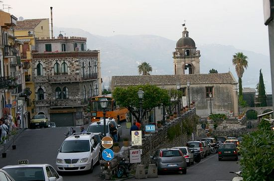 The church of St. Pancratius, Taormina, Sicily. Photo: Giovanni Dall'Orto.