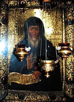 Икона преподобного Антония возле места его погребения в Ближних пещерах