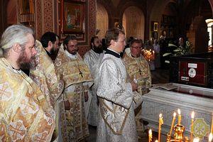 Божественная литургия в день памяти святых преподобномучениц великой княгини Елисаветы и инокини Варвары