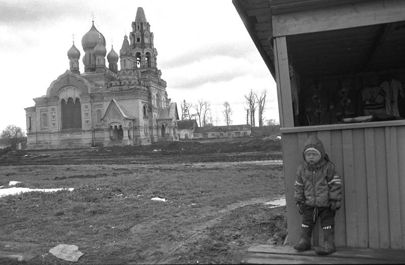 Село Кукобой. Ярославская область, 1998 г. Фото: Геннадий Михеев