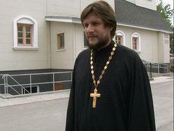 Настоятель храма свт. Иннокентия Московского протоиерей Виктор Горбач
