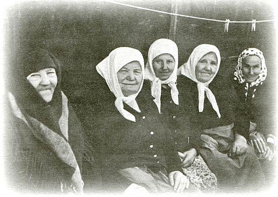 Те старице-монахиње су носиле у себи такву духовну снагу, такву молитву, такву храброст, доброту и љубав, такву веру, да сам управо тада, на тој служби, схватио да оне одолевају свему.
