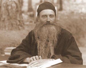 Father Seraphim lecturing in Platina,