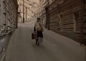"""Знаменитый кадр из фильма Т. Абуладзе """"Покаяние""""."""