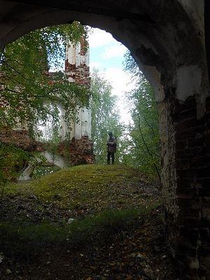 Руины храма святителя Николая