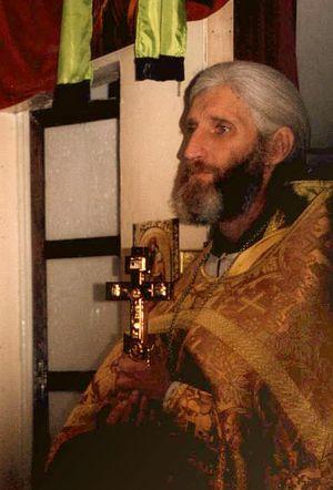 Иерей Игорь Розин. Был убит в храме после литургии 13 мая 2001 г.