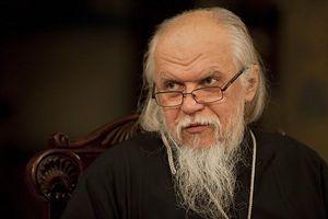 Епископ Пантелеимон: о жизни в браке, причинах сиротства и помощи семье