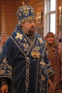 митрополит Иоанн совершил чин освящения и первую Божественную литургию в Покровском храме
