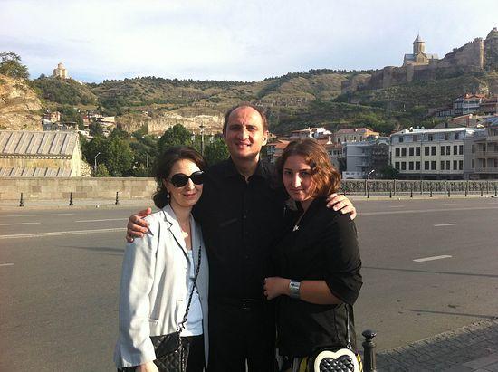 C женой Ириной и дочерью Тинатин