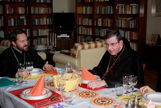 Митрополит Волоколамский Иларион и руководитель Папского совета по содействию христианскому единству кардинал Курт Кох обсудили текущие вопросы православно-католического диалога
